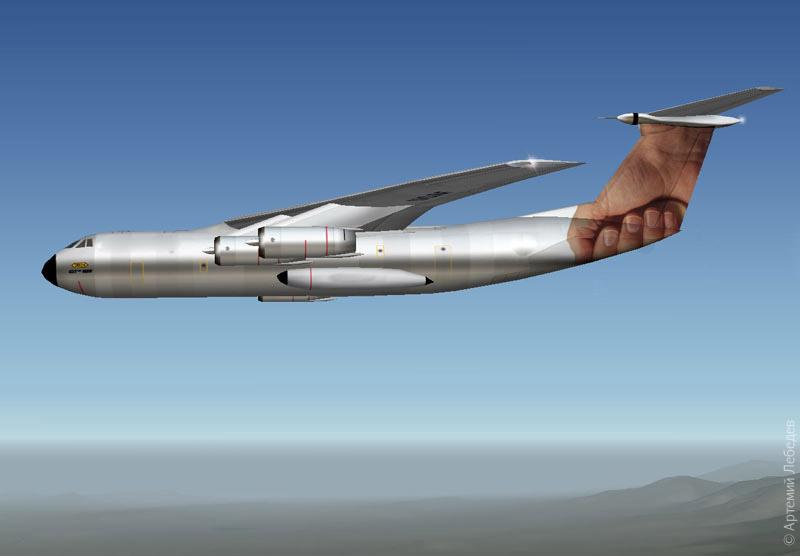 самолёт в руке