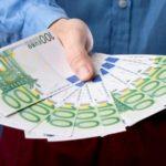 В каких банках можно взять кредит с минимальным количеством или вообще без справок