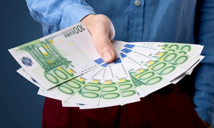 Какие документы требуются для получения потребительского кредита
